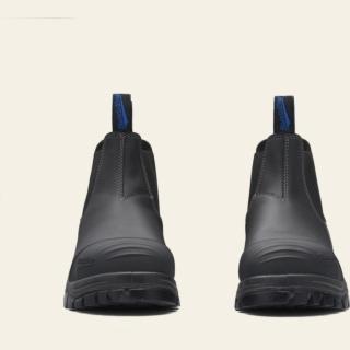 Men's or Women's Style 990 by Blundstone